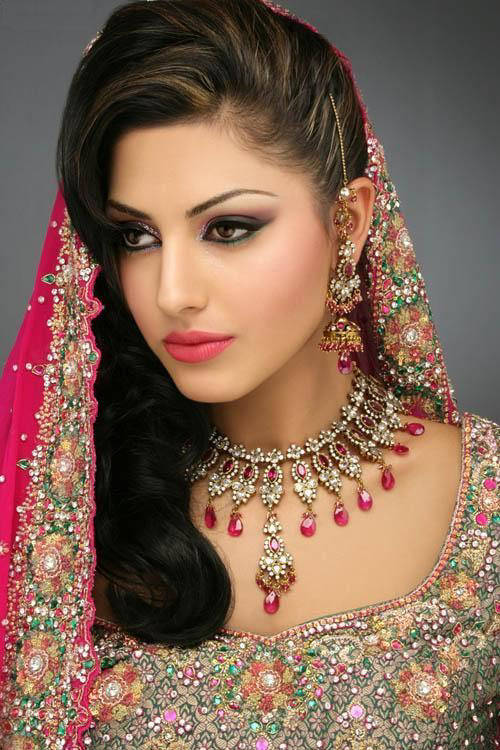 Cultural Wedding Makeup : Cultural Celebrations: Indian Weddings