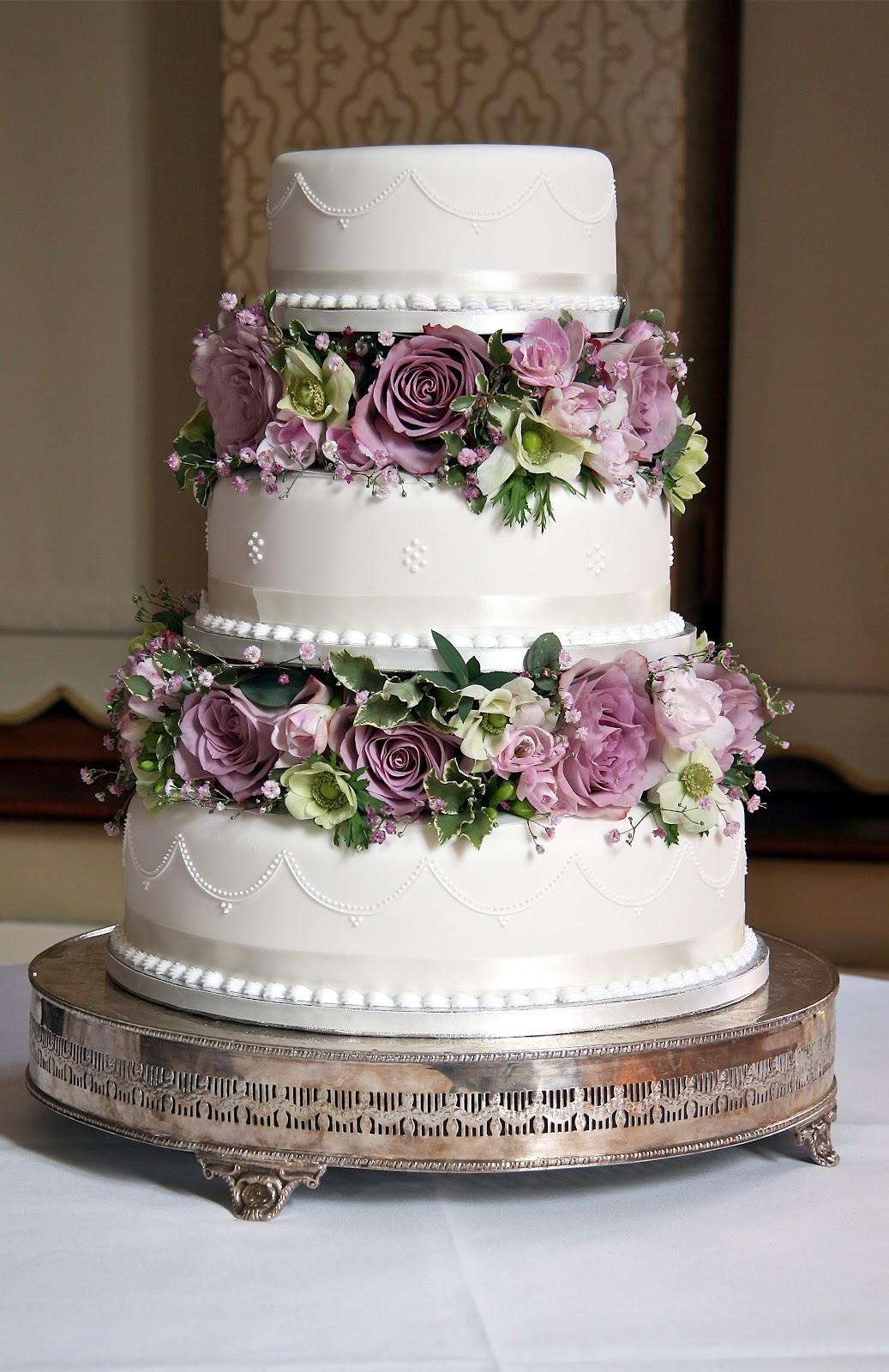 Alfa img Showing Vintage Wedding Cakes with Flowers
