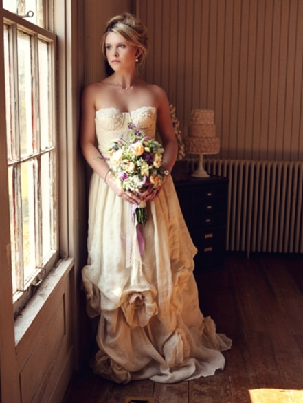 Deborah Lindquist 'Dana' Organic Linen and Vintage Lace Wedding Gown